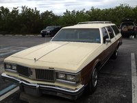1987 Oldsmobile Custom Cruiser Overview