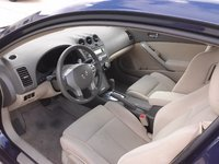 Picture of 2010 Nissan Altima Coupe 2.5 S, interior, gallery_worthy