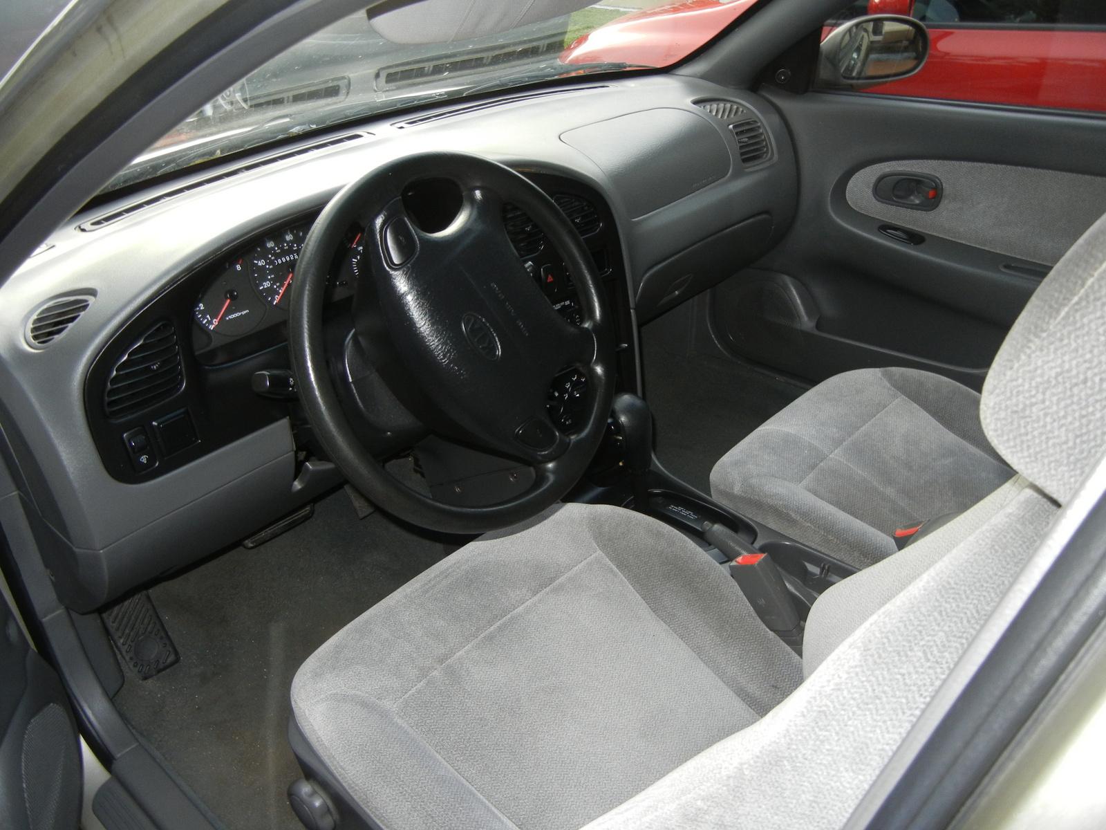 Kia Sephia Dr Ls Sedan Pic