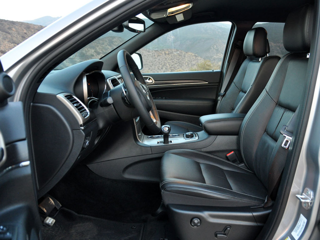 2014 Jeep Grand Cherokee, Front seats, interior, gallery_worthy