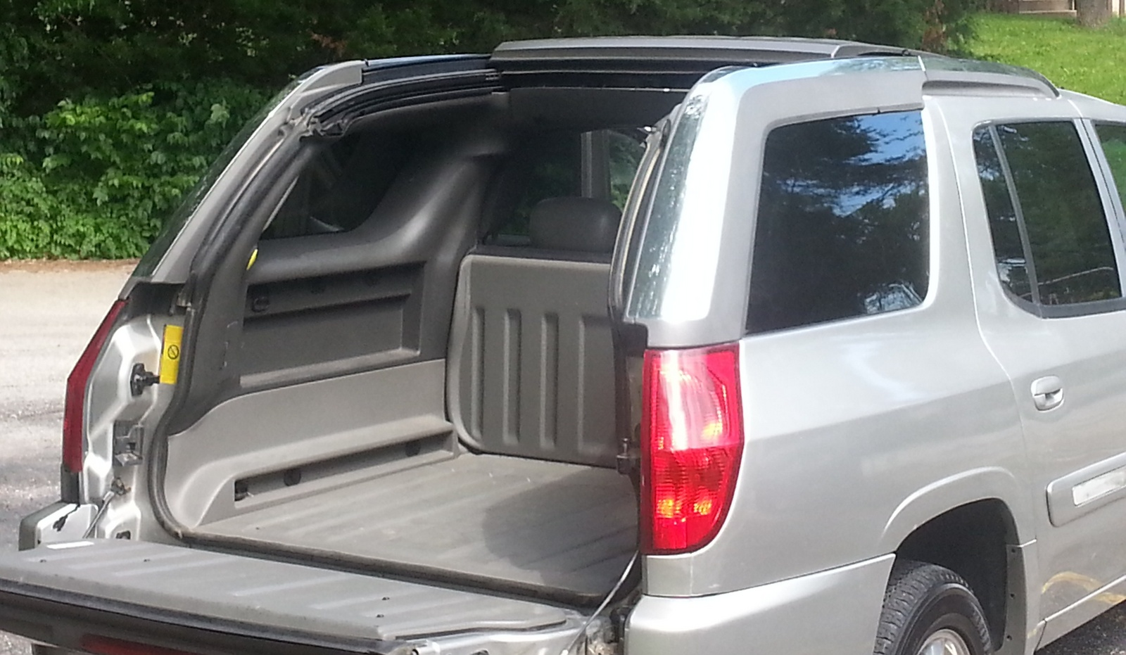 2004 gmc envoy xuv pictures cargurus. Black Bedroom Furniture Sets. Home Design Ideas