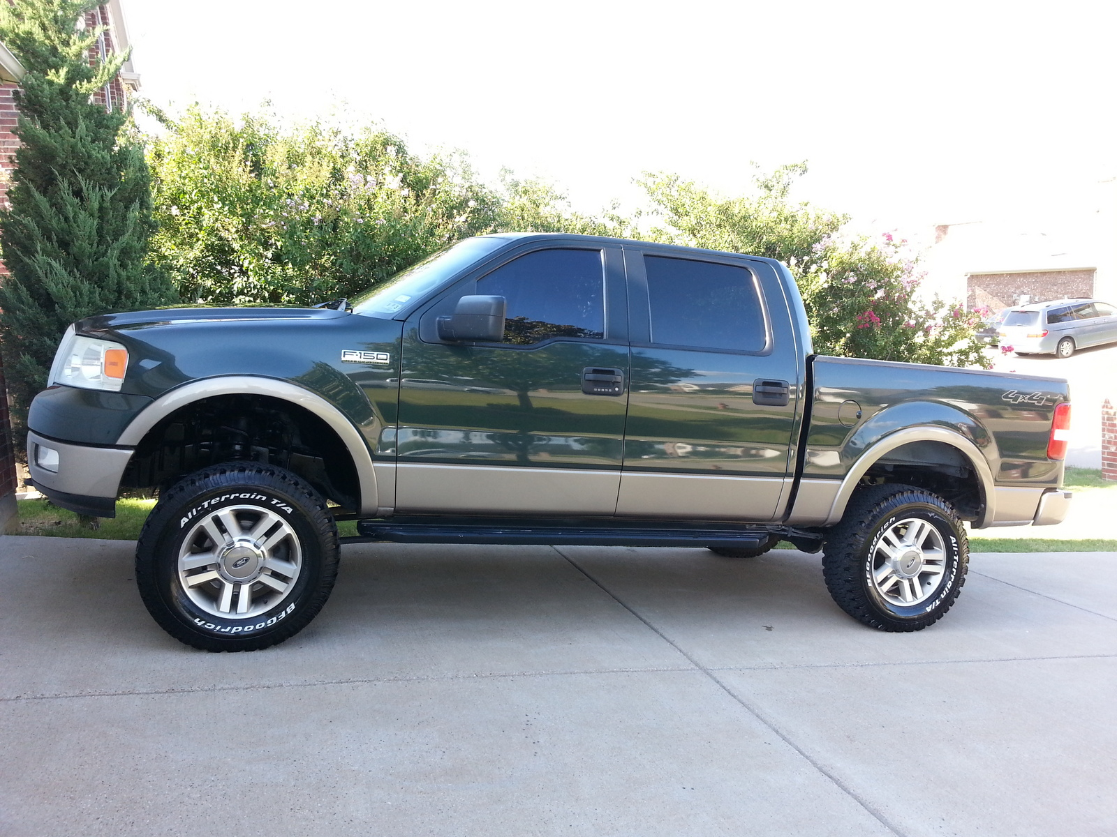 2011 ford f 150 supercrew king ranch 4wd pictures nadaguides. Black Bedroom Furniture Sets. Home Design Ideas