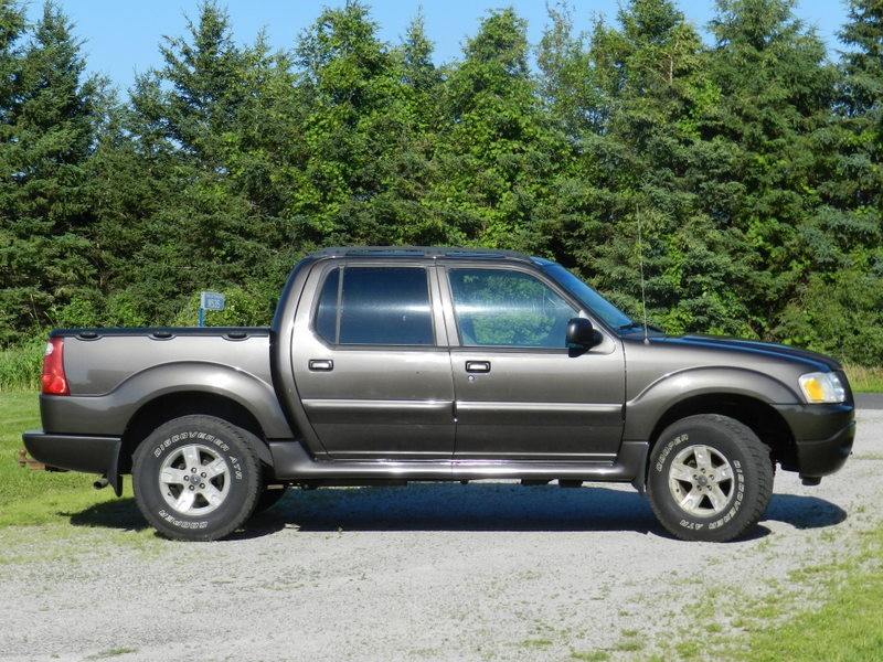picture of 2005 ford explorer sport trac 4 dr xlt 4wd crew cab sb. Cars Review. Best American Auto & Cars Review