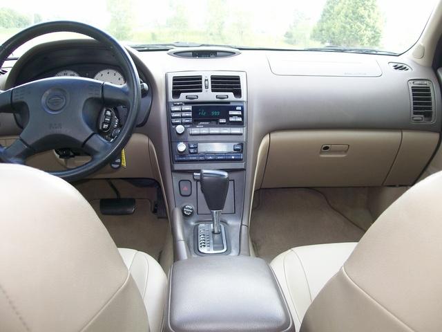 nissan 2000 maxima interior gxe cars cargurus