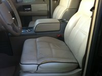 Picture of 2006 Lincoln Mark LT Base