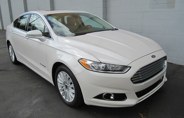 Picture of 2013 Ford Fusion Hybrid SE FWD, exterior, gallery_worthy