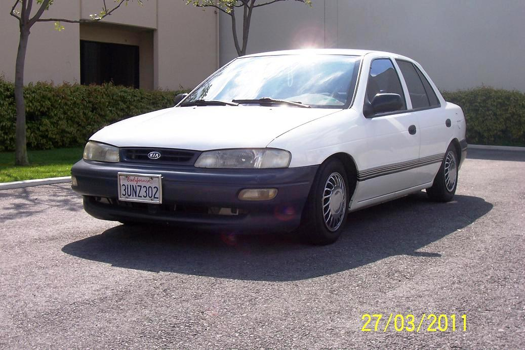 Picture of 1996 Kia Sephia 4 Dr RS Sedan