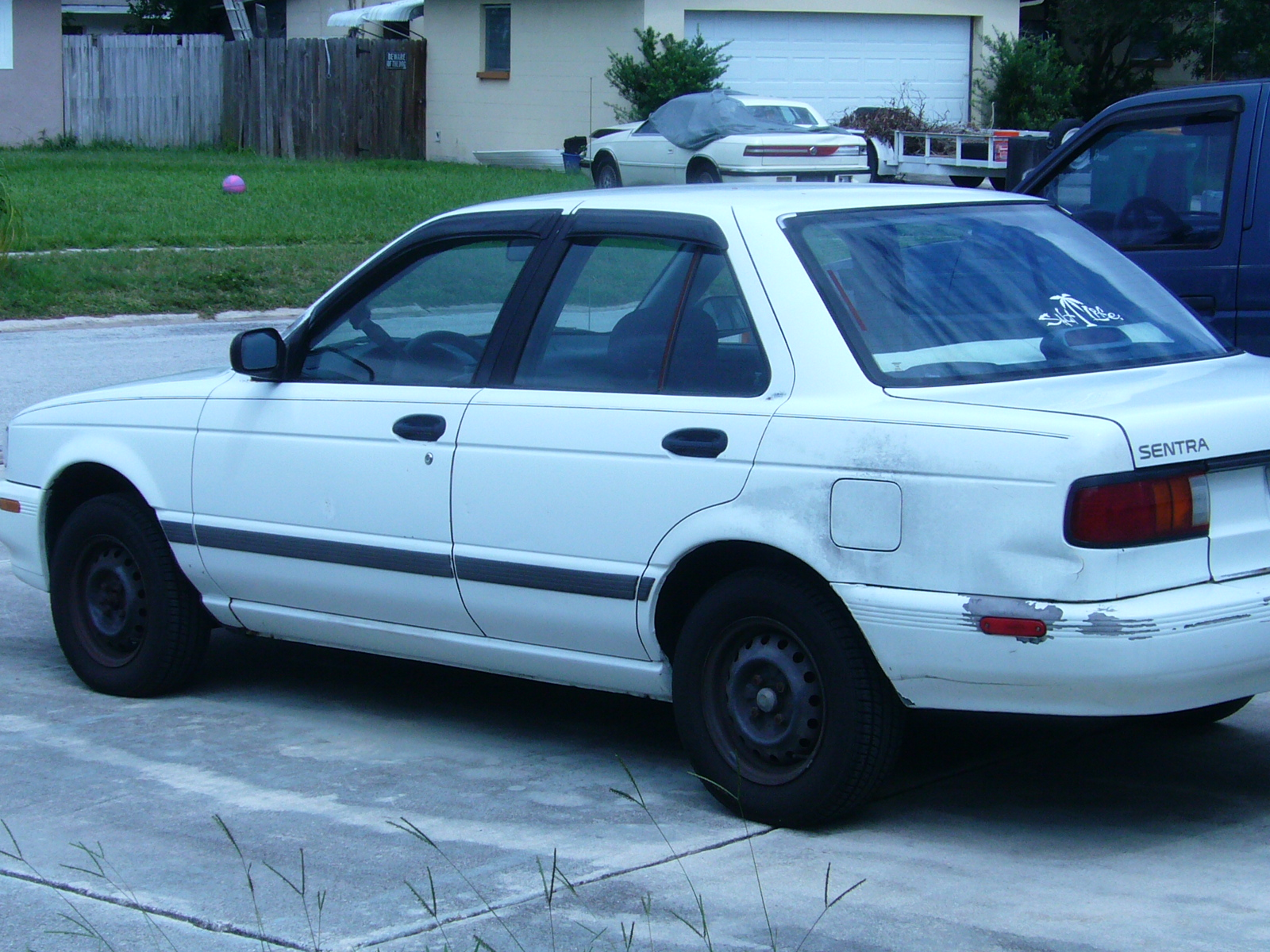 Nissan Sentra Xe Pic
