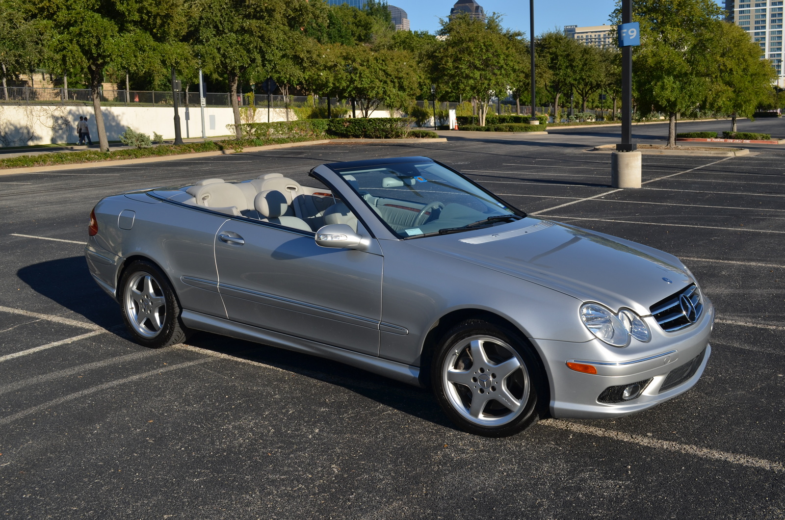 2004 mercedes benz clk class pictures cargurus for Mercedes benz coupe convertible