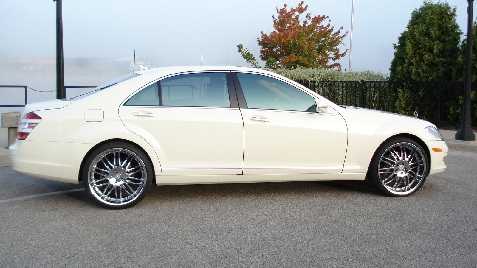 2009 mercedes benz s class pictures cargurus for Mercedes benz s550 4matic price