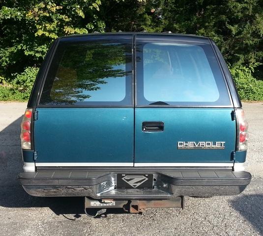 Picture of 1992 Chevrolet Suburban C1500