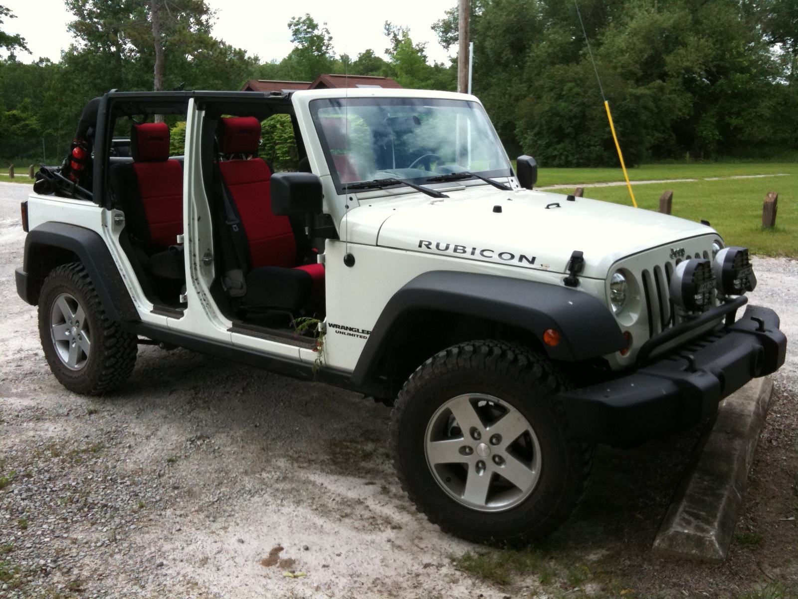 picture of 2010 jeep wrangler unlimited rubicon exterior. Cars Review. Best American Auto & Cars Review