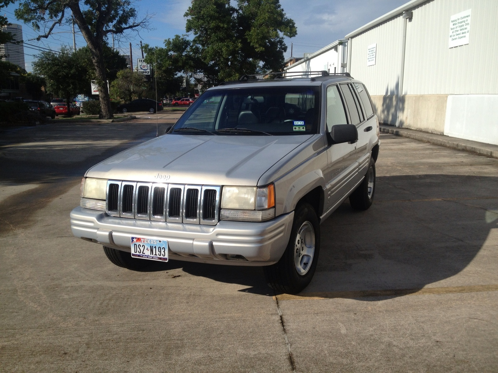 picture of 1998 jeep grand cherokee laredo exterior. Cars Review. Best American Auto & Cars Review