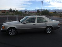 1993 Mercedes-Benz 300-Class 4 Dr 300E Sedan picture, exterior