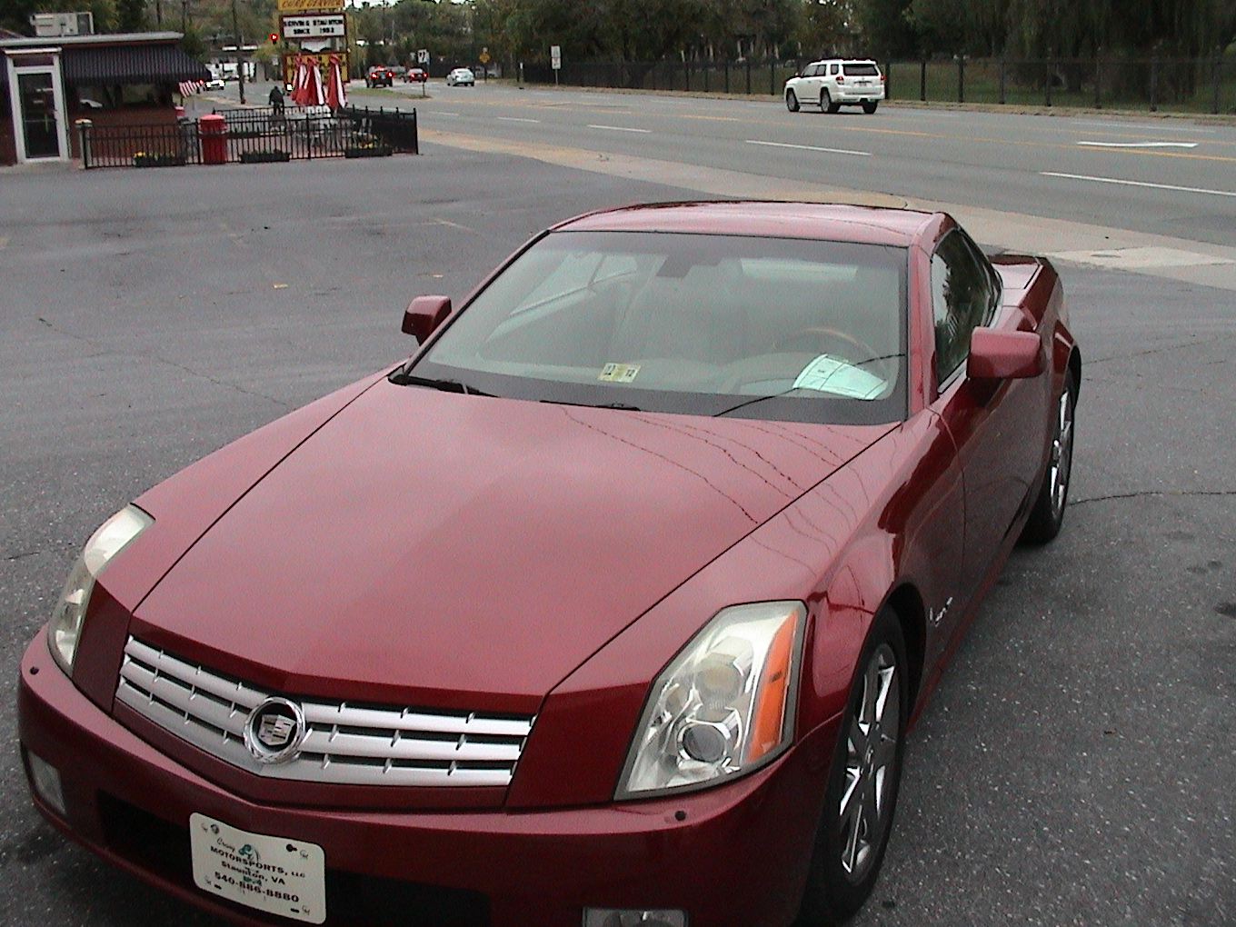 picture of 2005 cadillac xlr 2 dr std convertible exterior. Black Bedroom Furniture Sets. Home Design Ideas