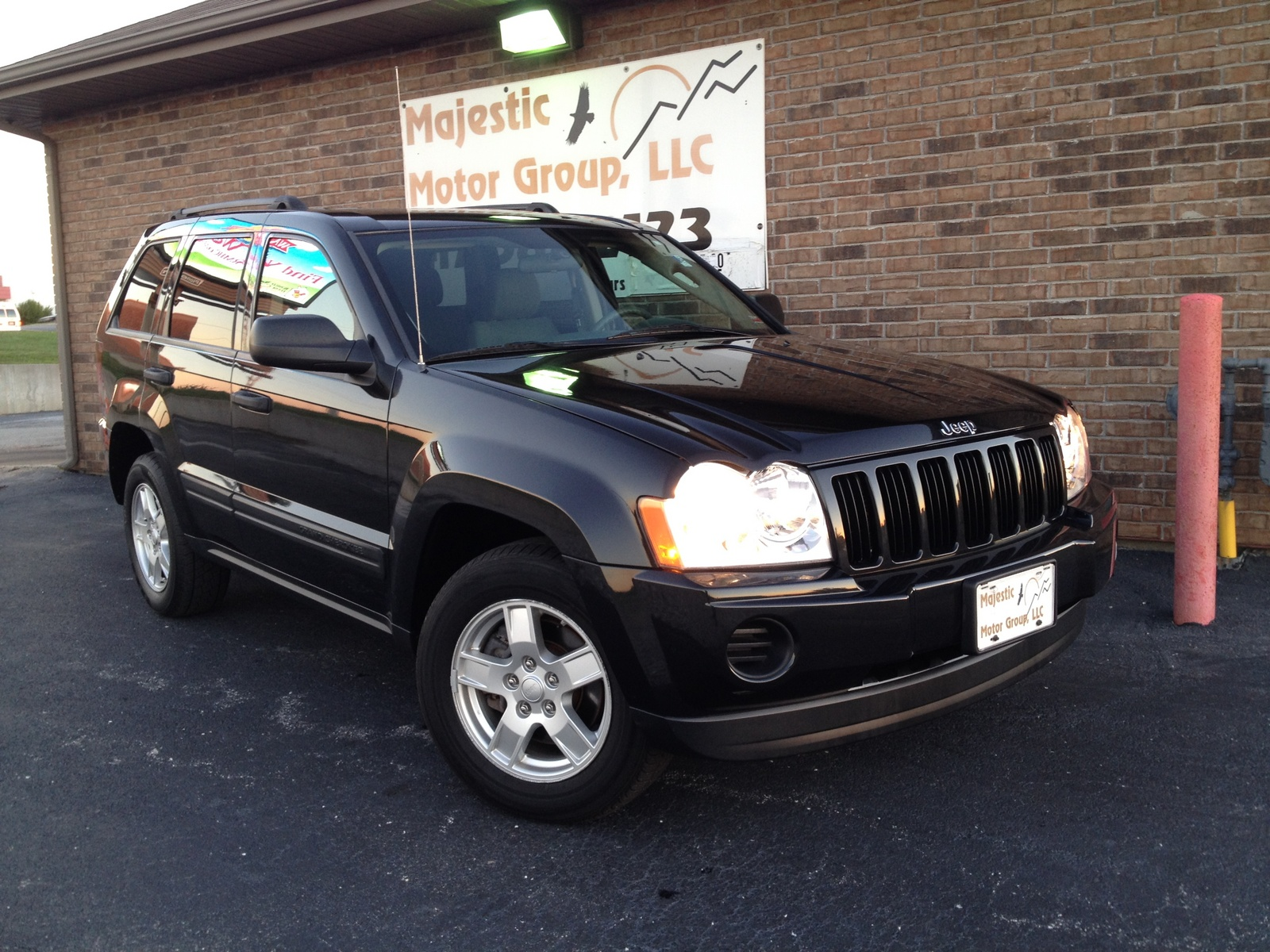 picture of 2005 jeep grand cherokee laredo 4wd exterior. Black Bedroom Furniture Sets. Home Design Ideas
