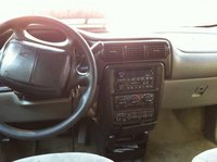 Picture of 2000 Chevrolet Venture LT, interior