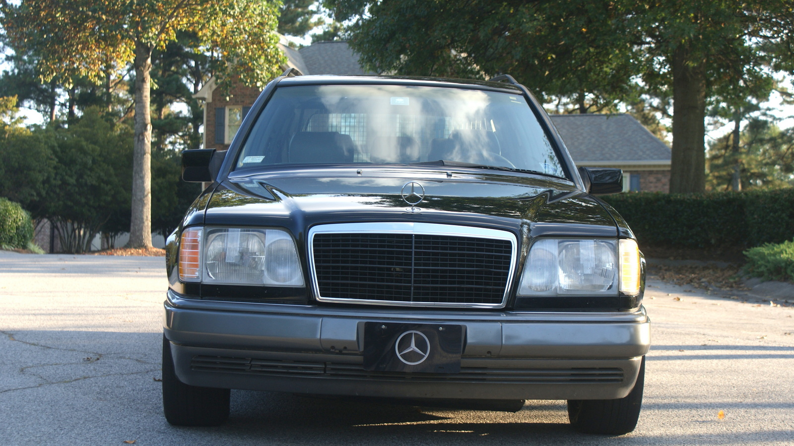 1995 mercedes benz e class trim information cargurus for Mercedes benz e320 wagon
