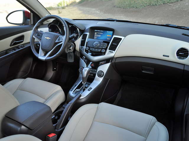 Tech Level. 10/ 10. 2014 Chevrolet Cruze Great Ideas