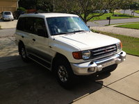 Picture of 1999 Mitsubishi Montero Base 4WD, exterior