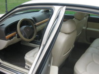 1998 Lincoln Continental 4 Dr STD Sedan picture, interior