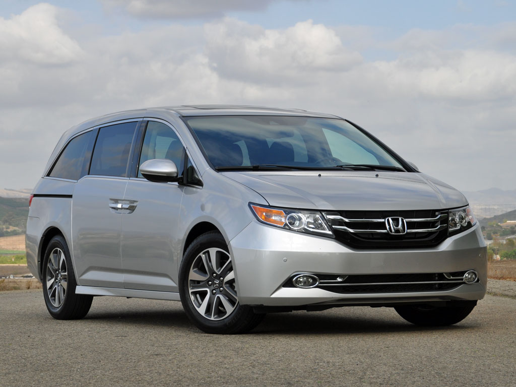 Does the new 2016 honda pilot look too much like a mini for Honda odyssey pilot