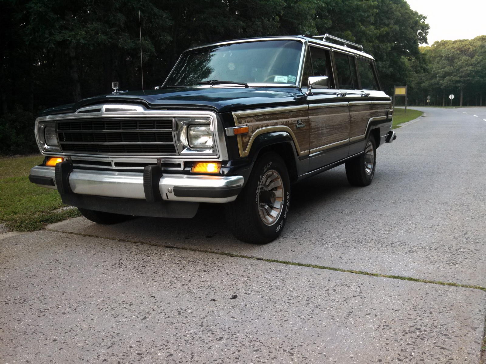 1991 jeep grand wagoneer specifications cargurus. Black Bedroom Furniture Sets. Home Design Ideas