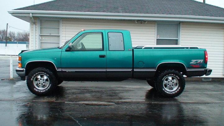 1997 chevy silverado 2500 tire size