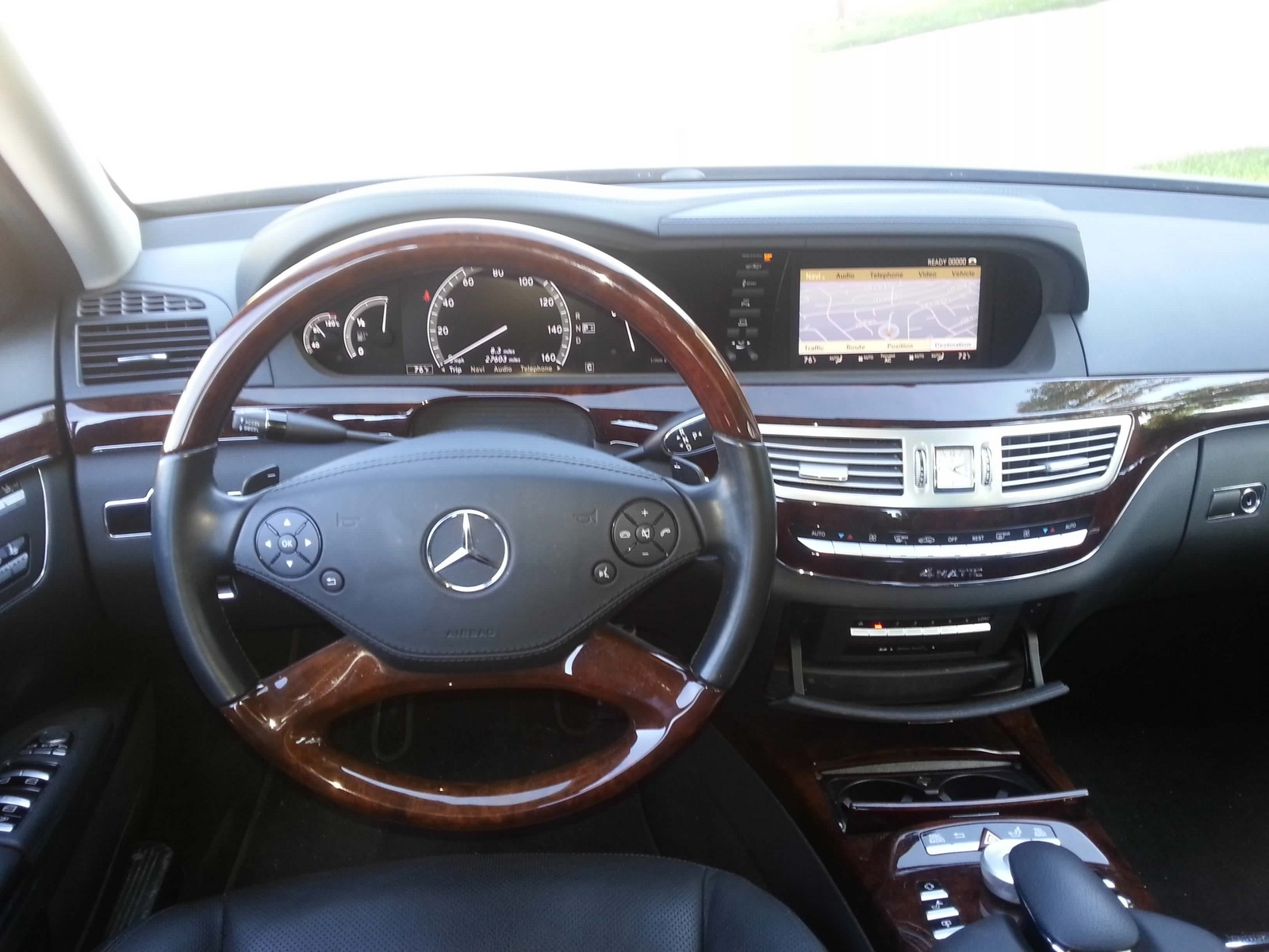 2010 mercedes benz s class interior pictures cargurus for Mercedes benz s550 4matic 2010
