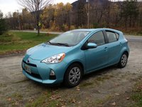Picture of 2012 Toyota Prius C Two, exterior