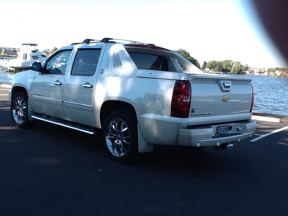 2013 chevrolet avalanche black diamond lt 4wd used cars in sallisaw. Cars Review. Best American Auto & Cars Review