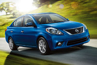 2014 Nissan Versa Picture Gallery
