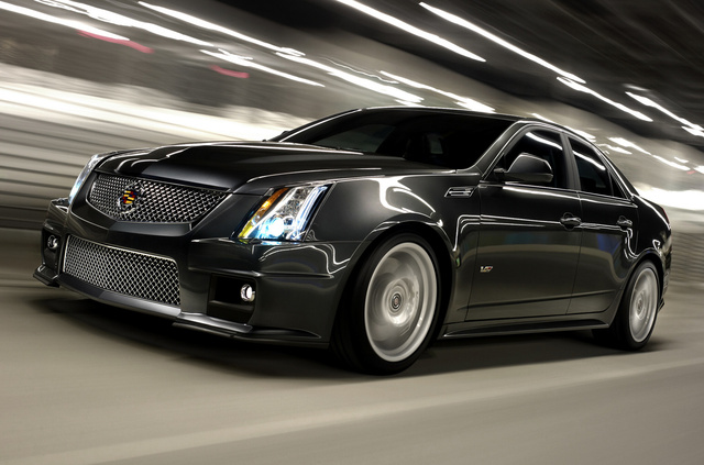 2014 Cadillac CTS-V, Front-quarter view. Copyright General Motors, exterior, manufacturer, gallery_worthy