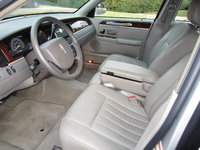 Picture of 2005 Lincoln Town Car Signature, interior