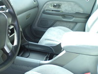 Picture of 2004 Honda Pilot LX AWD, interior