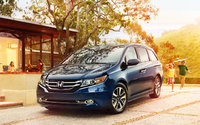 2014 Honda Odyssey, Front-quarter view, exterior, manufacturer, gallery_worthy