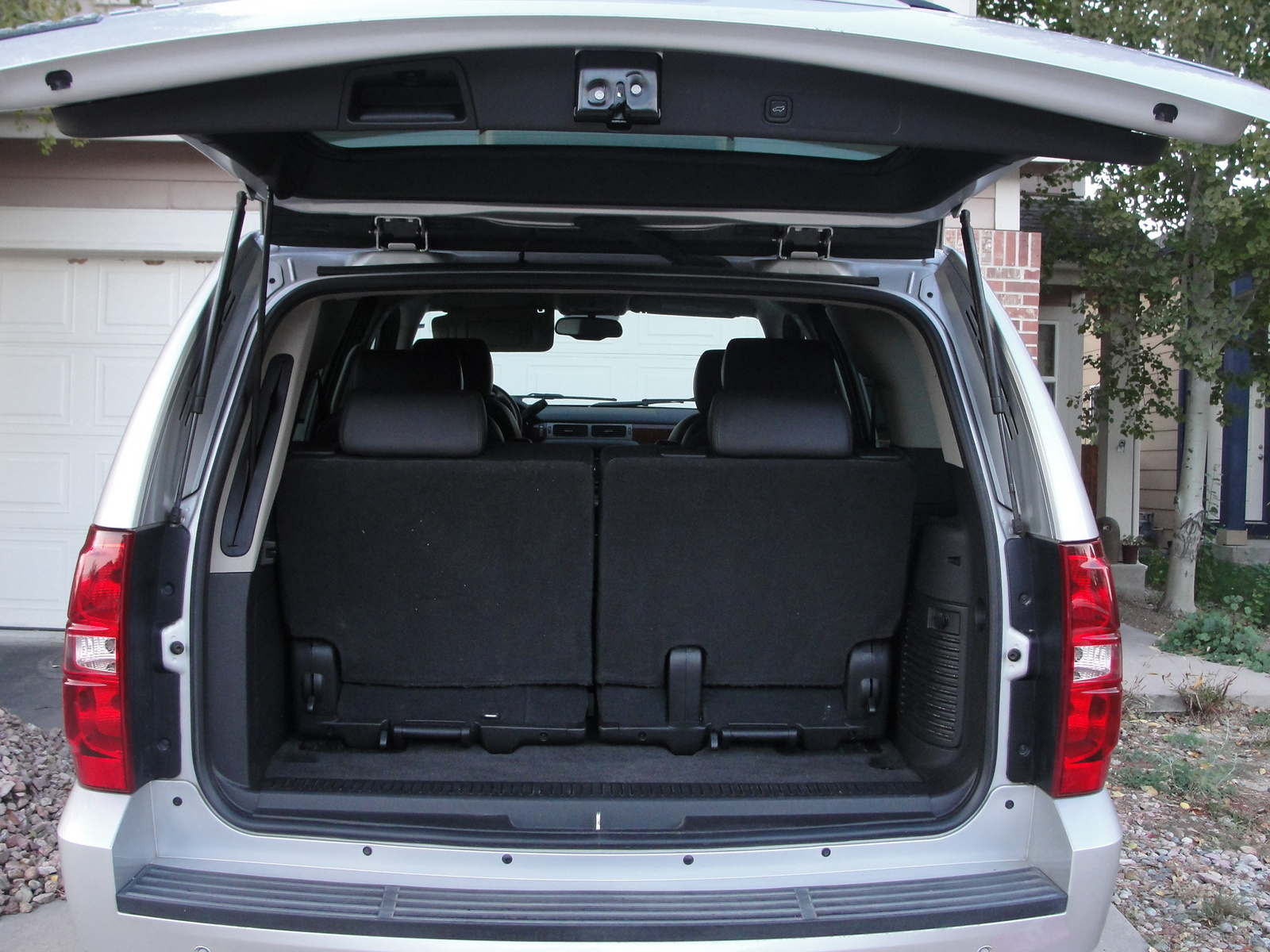 hitch capacity for 2013 chevy tahoe autos post. Black Bedroom Furniture Sets. Home Design Ideas