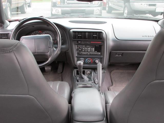 1999 chevrolet camaro interior pictures cargurus 1999 chevrolet camaro interior