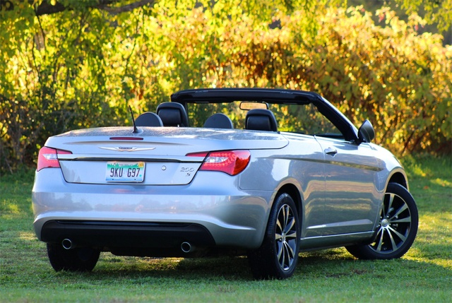 Rear 3/4 view of the 2013 Chrysler 200S Convertible, exterior