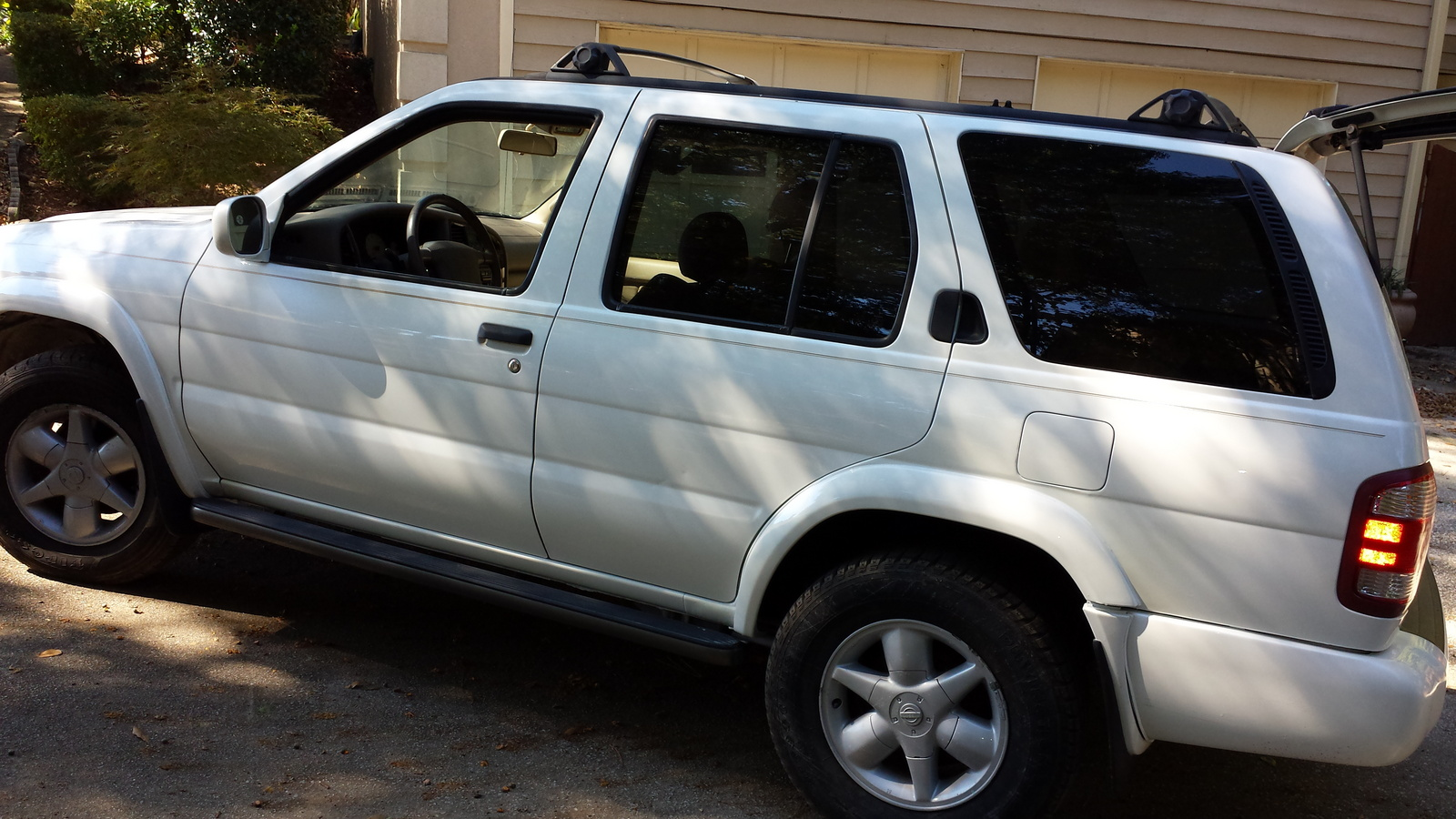 What's your take on the 2001 Nissan Pathfinder?