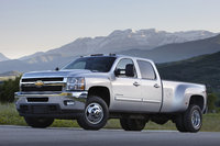 2014 Chevrolet Silverado 3500HD, Front-quarter view. Copyright General Motors, exterior, manufacturer