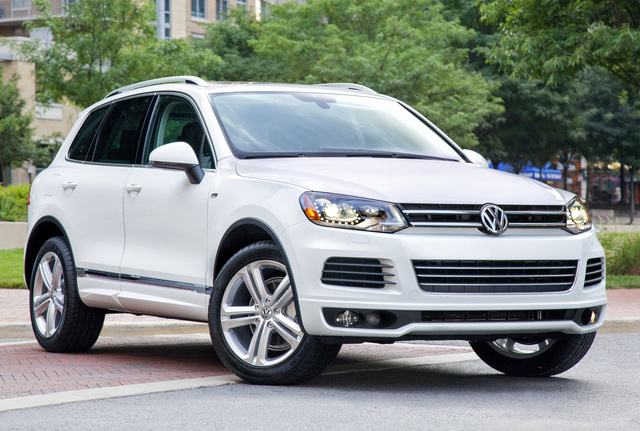 2014 Volkswagen Touareg, Front-quarter view, exterior, manufacturer, gallery_worthy