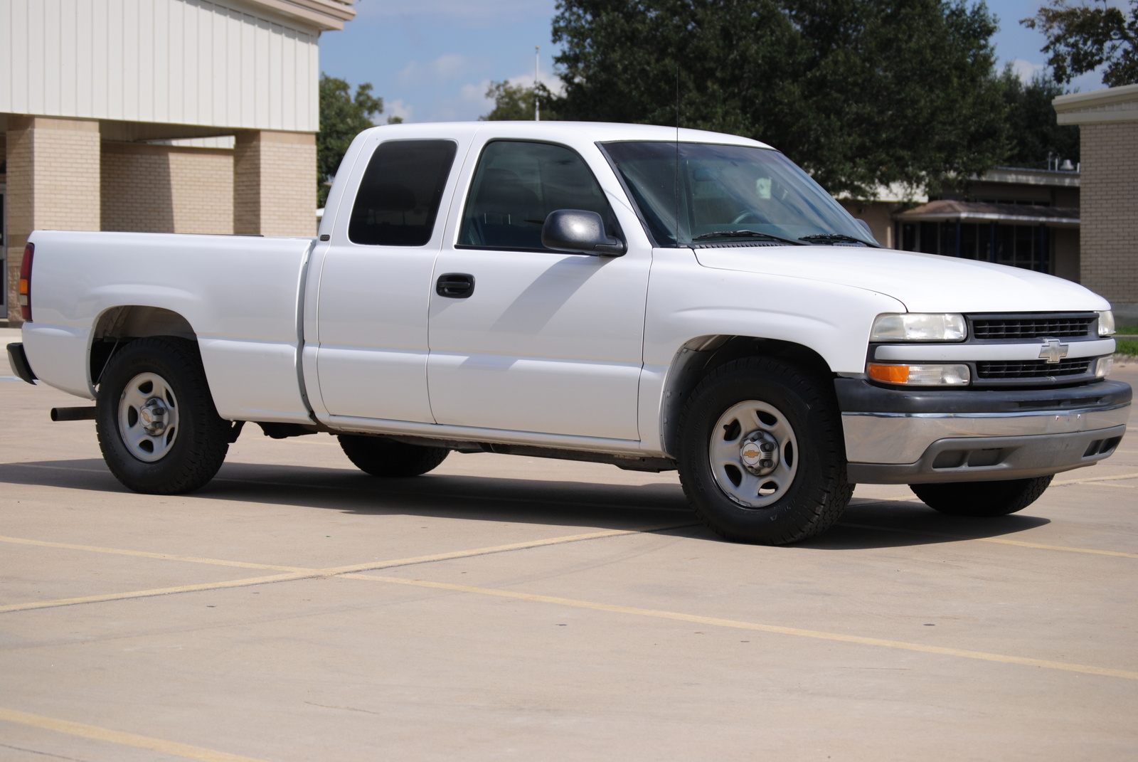 picture of 2001 chevrolet silverado 1500 ls extended cab lb exterior. Cars Review. Best American Auto & Cars Review