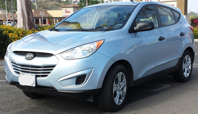 Picture of 2010 Hyundai Tucson GLS FWD, exterior, gallery_worthy