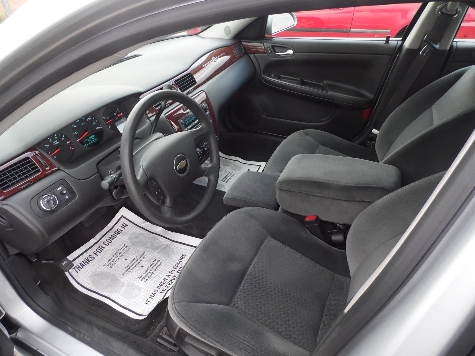 2010 Chevrolet Impala Interior Pictures Cargurus