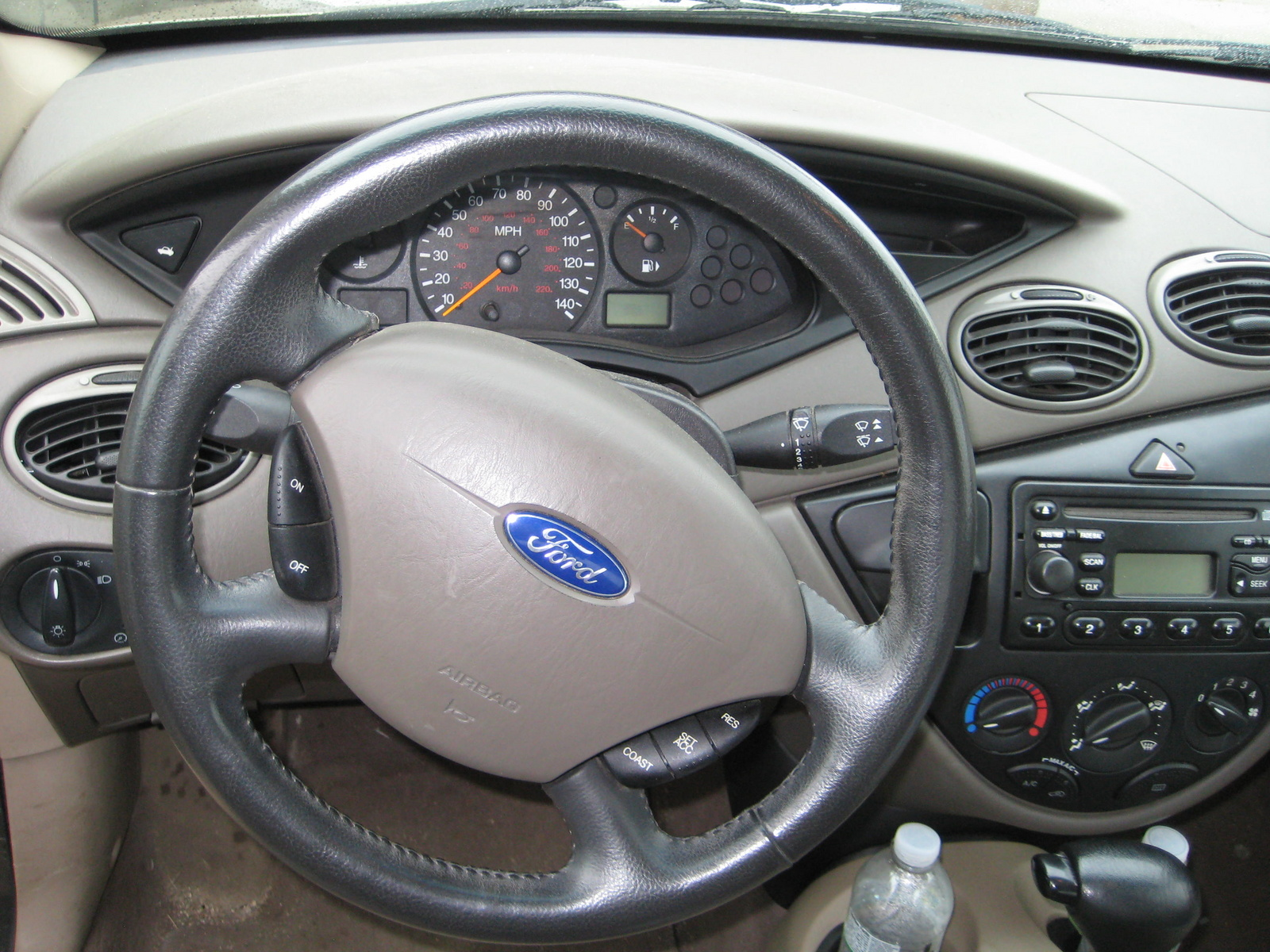 2003 Ford Focus Zx3 >> 2002 Ford Focus - Interior Pictures - CarGurus