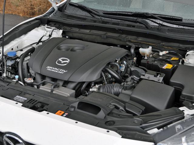2014 Mazda MAZDA3 i Touring, 2014 Mazda 3i SkyActiv 2.0-liter 4-cylinder engine, engine