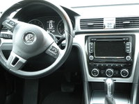 Picture of 2012 Volkswagen Passat SE, interior