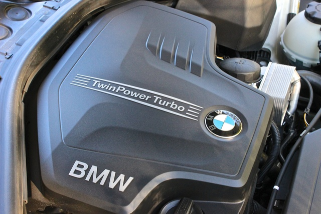 2014 BMW 4 Series engine, engine, gallery_worthy