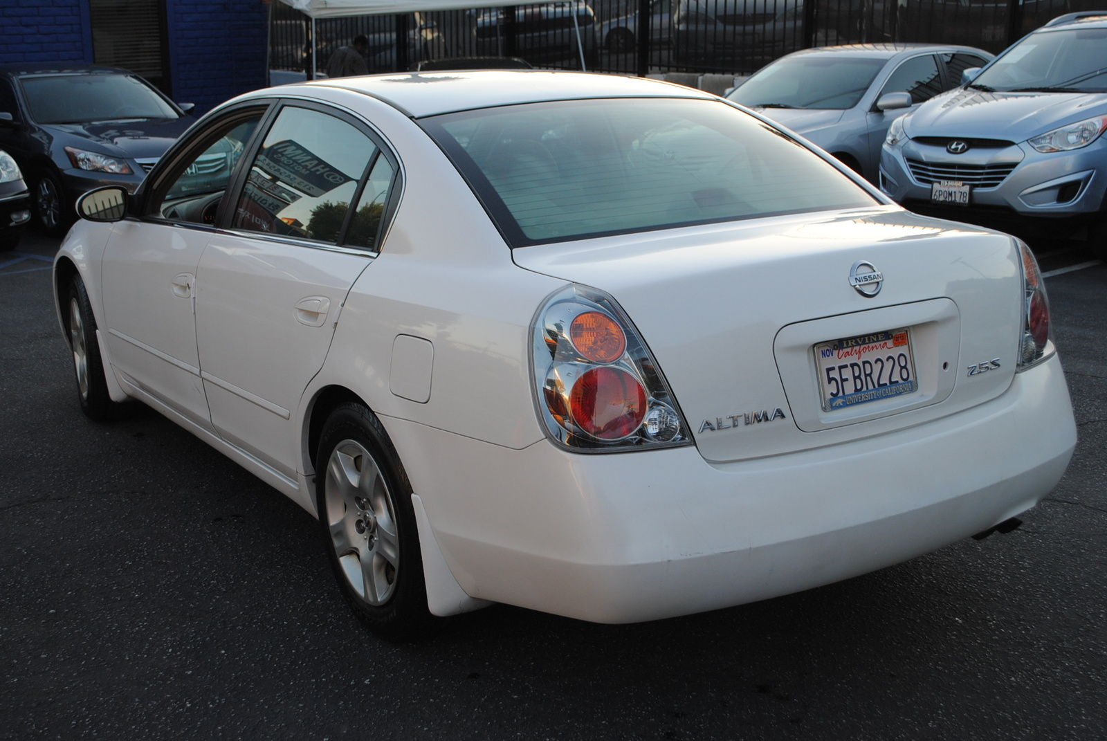 09 nissan maxima sv specs as well 2008 Nissan Maxima Pictures C9099 pi13275212 moreover 1990 Nissan Maxima further Exterior 69937232 further 2004 Nissan Altima Pictures C2985 pi36455007. on 2012 nissan maxima se 3 5